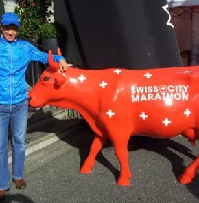SwissCity Marathon Lucerne vom 27.10.2013 - Startnummerausgabe im Hotel Schweizerhof