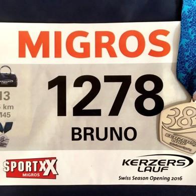 38. Kerzerslauf vom 19.3.2016 - Startnummer und Medaille