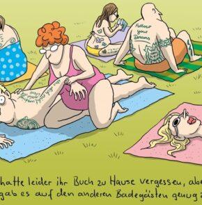 Humor zum Sonntag: Renate hatte leider ihr Buch zu Hause vergessen, aber zum Glück gab es auf den anderen Badegästen genug zu lesen.